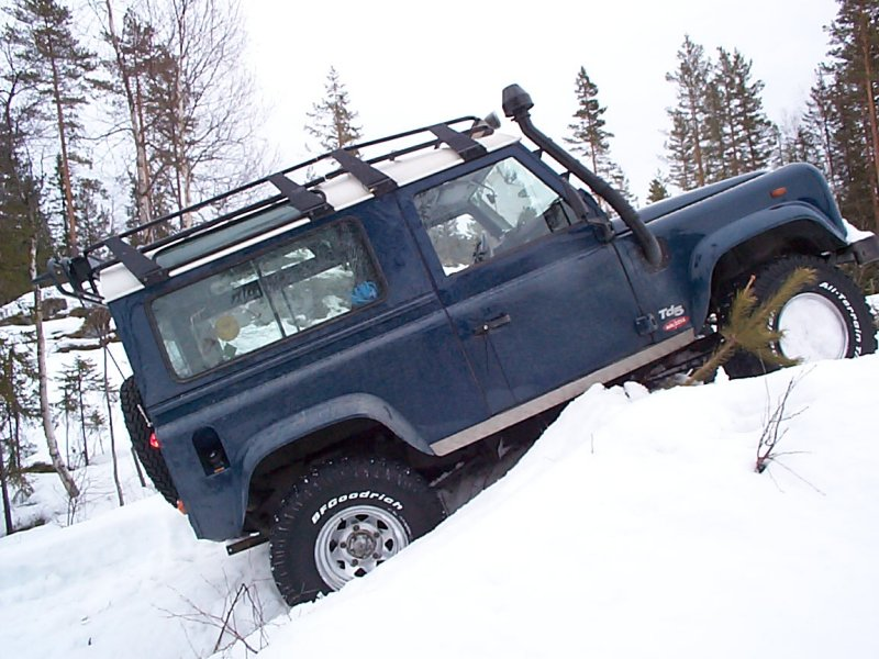 Land_rover_defender_90_1999