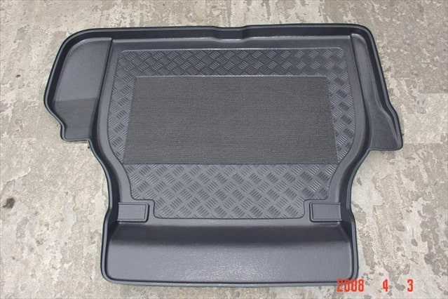 Jaguar XJ 350 Saloon 4 door Antislip Boot Liner