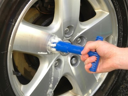 Wheel Nut and Cavity Cleaner